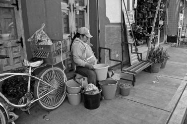 Street vendor 2